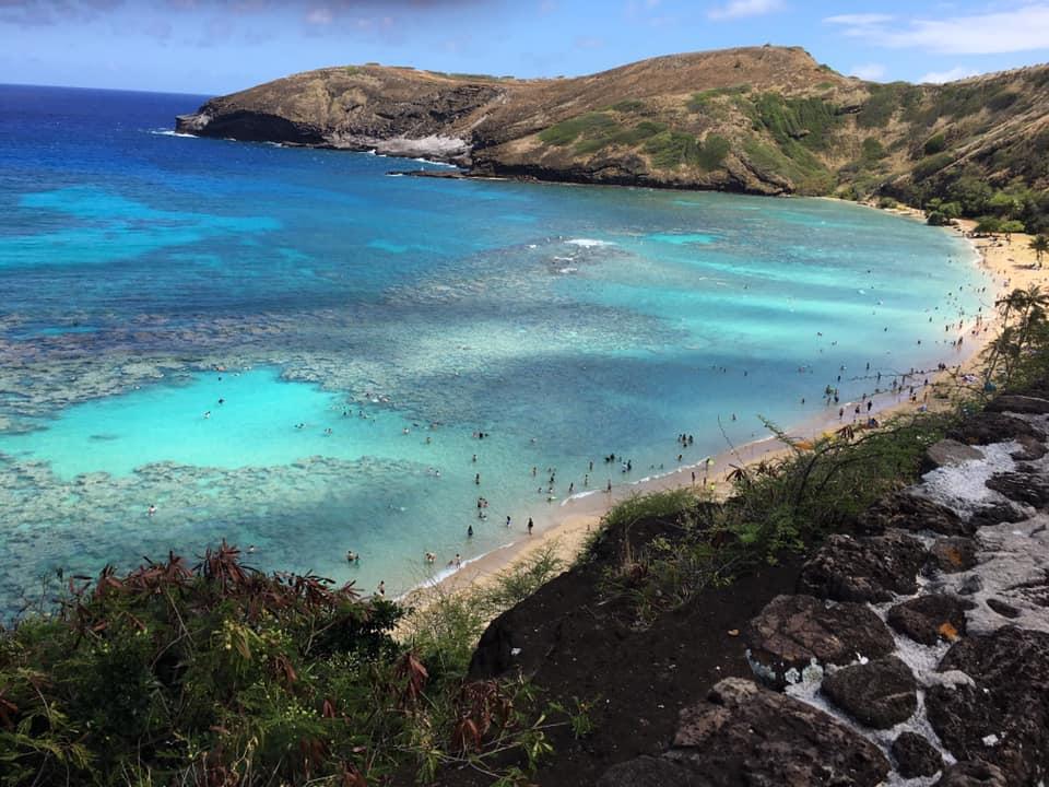 Hawaii, pour ses odeurs, ses fleurs, sa musique, son ambiance relaxe et ses paysages magnifiques