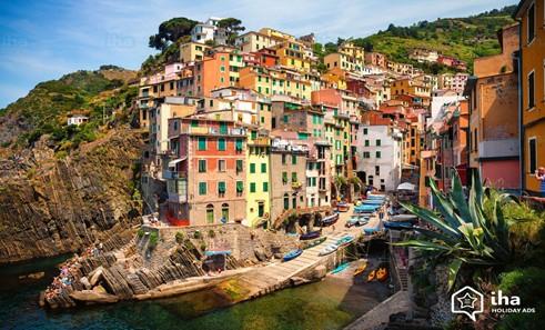 L'Italie, pour la nourriture et surtout les bons vins!